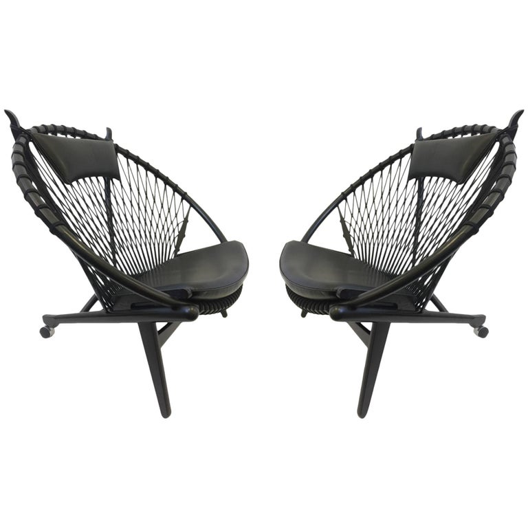 Pair of Black Lacquer Oak and Learher Lounge Chairs by Hans Wegner For Sale