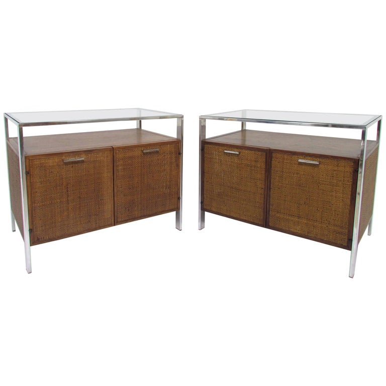 Pair of Midcentury End Tables in the Manner of Milo Baughman