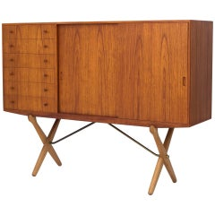 CH 304 Sideboard in Teak and Oak by Hans J. Wegner