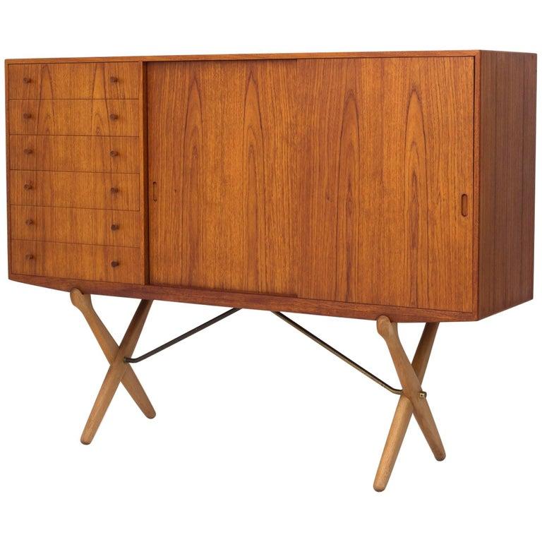 CH 304 Sideboard in Teak and Oak by Hans J. Wegner