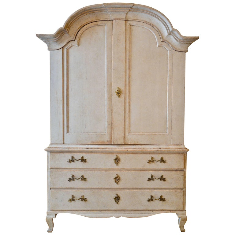 Period Rococo Swedish Cabinet, Sweden, circa 1760 For Sale