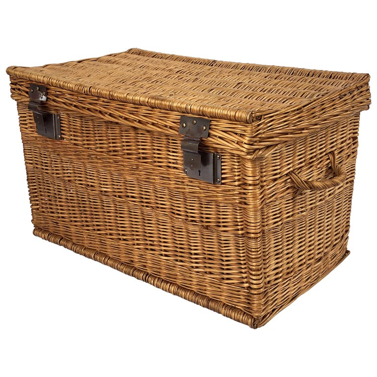 French large willow basket hamper, early 20th century