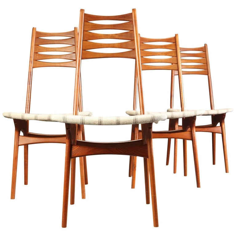 1960s Set of Four Danish Niels Moller Teak Dining Chairs by Bolting Stolefabrik