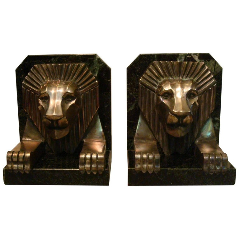 Art Deco Bronze and Marble Lion Bookends, Jacques Cartier, France, 1925 For Sale