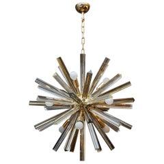Brass Round Chandelier with Triedre Murano Glass Spikes