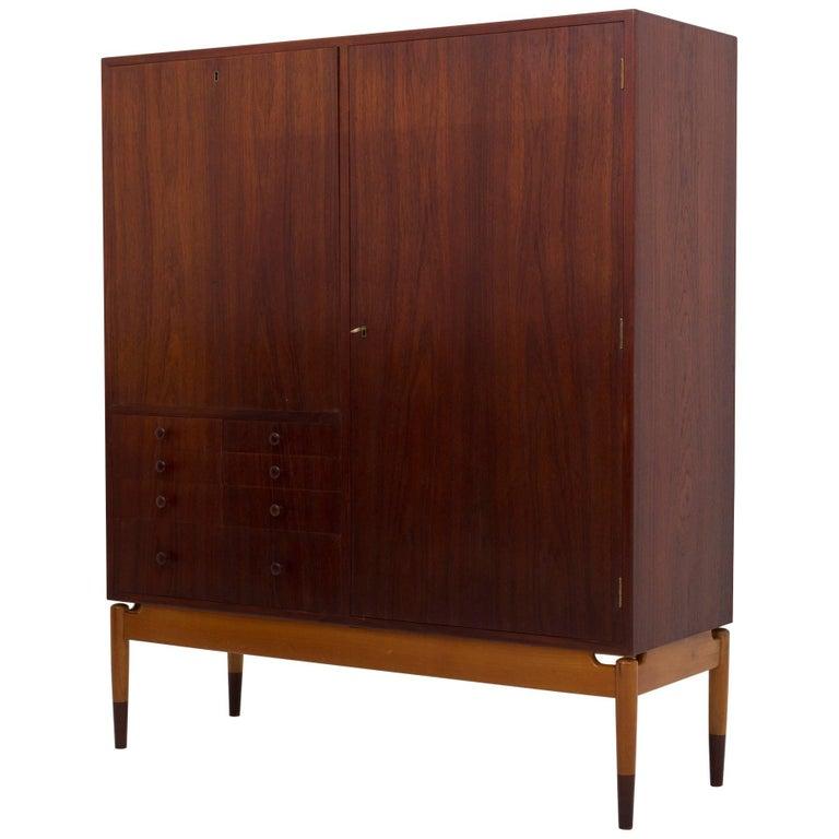 Cabinet by Finn Juhl For Sale