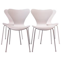 Set of Four Seven Chairs, Model 3107, Limited Edition #105 by Arne Jacobsen