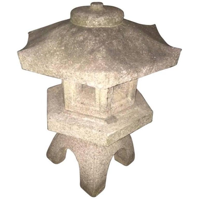 Japan Antique Stone Lantern, Classic Water Viewing or Snow Lantern