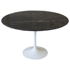 Eero Saarinen Tulip Dining Table with Marble Top