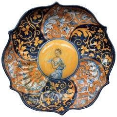 "Faenza ""Crespina"" in Faience with Decoration ""A Quartieri"" circa 1535-1540"