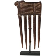 Mid-20th Century Carved Wood Comb from the Baule People, Côte d'Ivoire