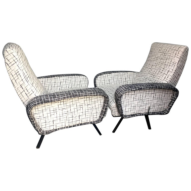 Pair of Italian Reclining Lounge Chairs in the Manner of Marco Zanuso