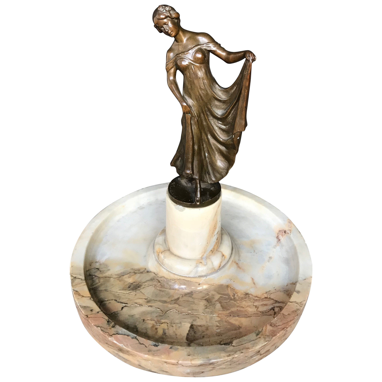 Early 20th Century, Elegant Jugendstil Bronze Lady Sculpture on Marble Tray Base