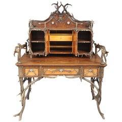 Antler Desk