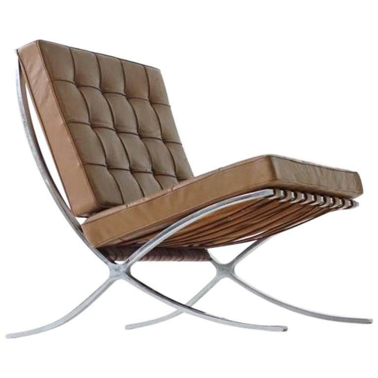 Early Barcelona Lounge Chair by Mies van der Rohe for Knoll International, 1960s