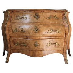 Fine 18th Century Swedish Serpentine Commode