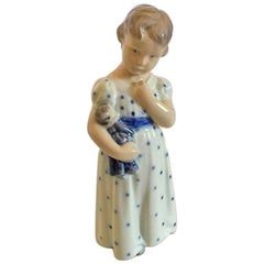 Royal Copenhagen Figurine No. 3539 Girl in Nightgown with Doll