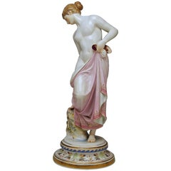 Meissen Female Nude Figurine after the Bath Model M 193 Robert Ockelmann