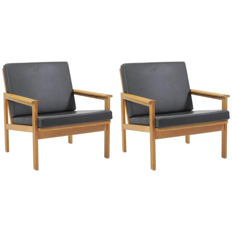 1960s Illum Wikkelsø Set of Two Danish Capella Lounge Chairs in Oak