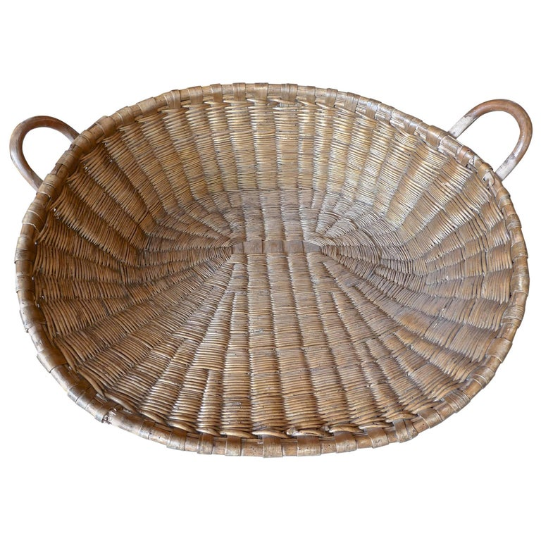 French 19th Century Large Fruit and Vegetable Wicker Basket