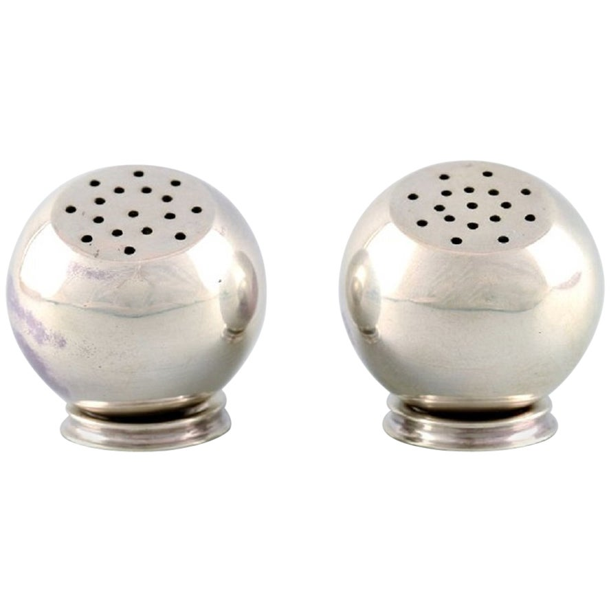 Franz Hingelberg, Pair of Modernistic Salt and Pepper Shakers, Sterling Silver