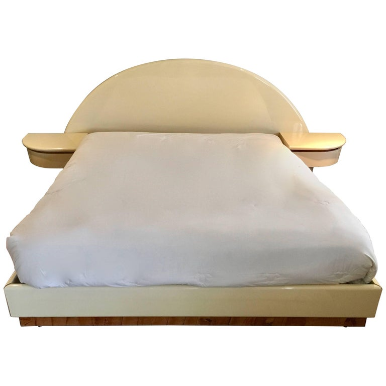 King-Size European Platform Bed in the Manner of Pierre Cardin, circa 1978