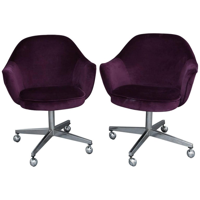 Pair of Saarinen for Knoll Executive Swivel Chairs