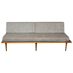 Midcentury Daybed in Maple