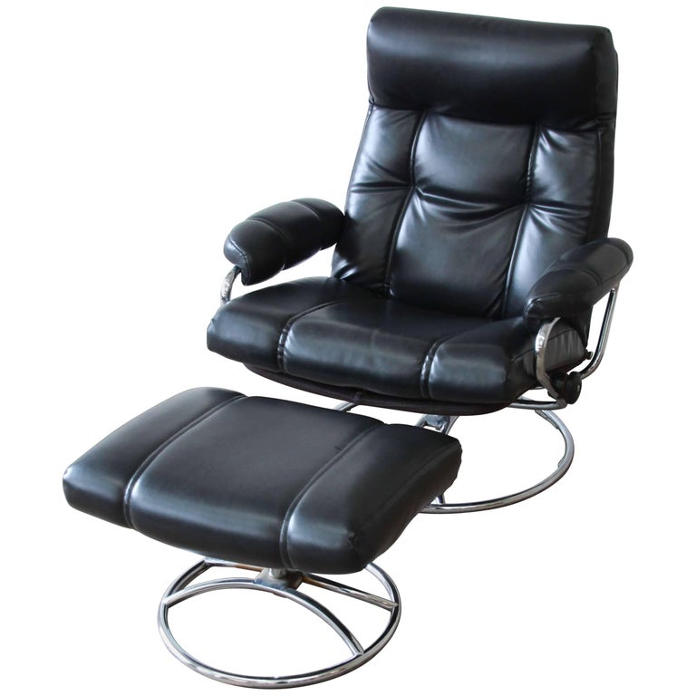 Vintage Black Ekornes Stressless Chair And Ottoman For