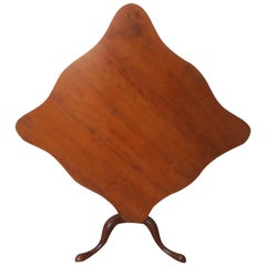 18th Century Georgian Mahogany Tilt Top Table