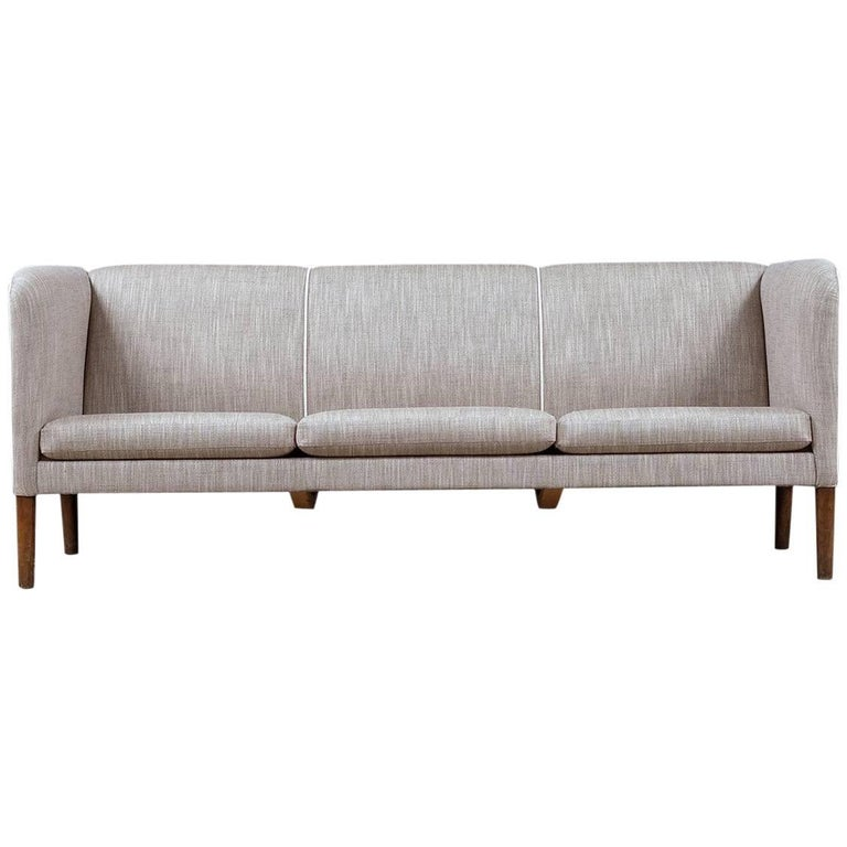 Hans Wegner Even Arm Sofa