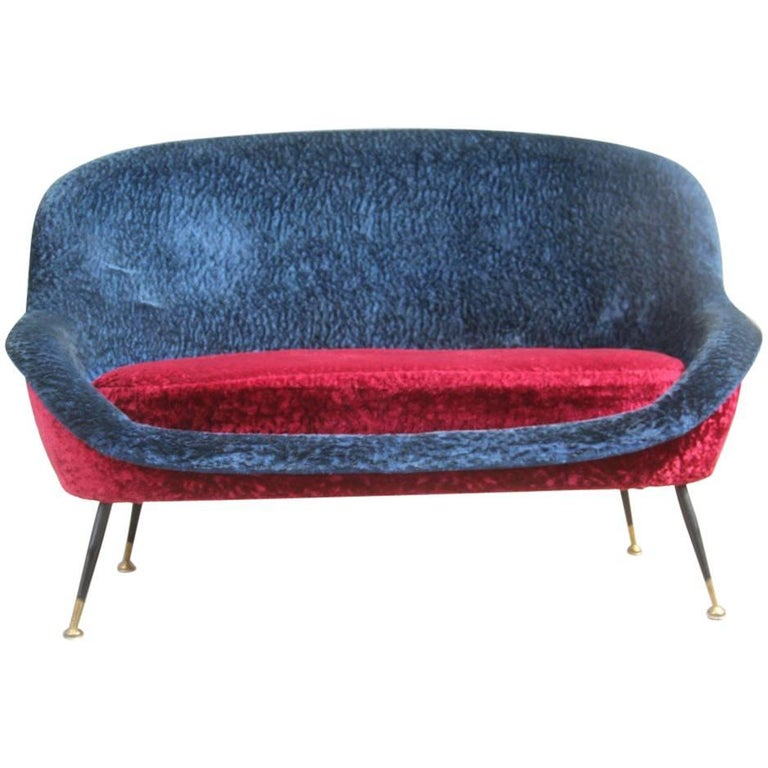 Mid-Century Modern Italian Sofa 1950s Design Minotti Gigi Radice Blu Red Color