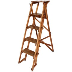English 19th Century Wooden Foldable Step Ladder