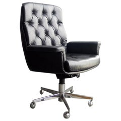 Faux Leather with Buttons in a Swivel Base Desk Chair