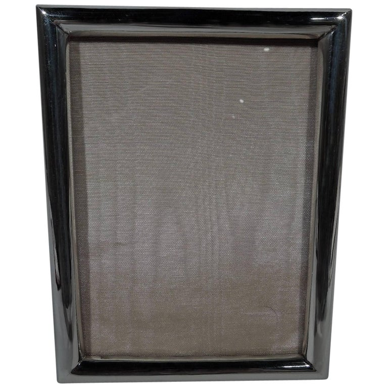 American Smart and Modern Sterling Silver Picture Frame For Sale