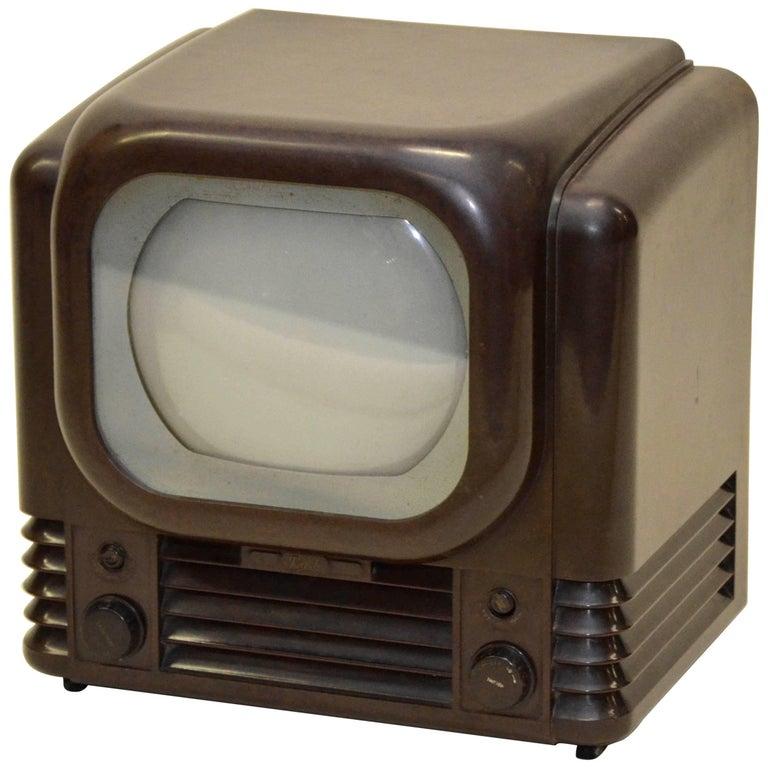 1950s Bush Radio Bakelite Television Mod. TV22 Made in England