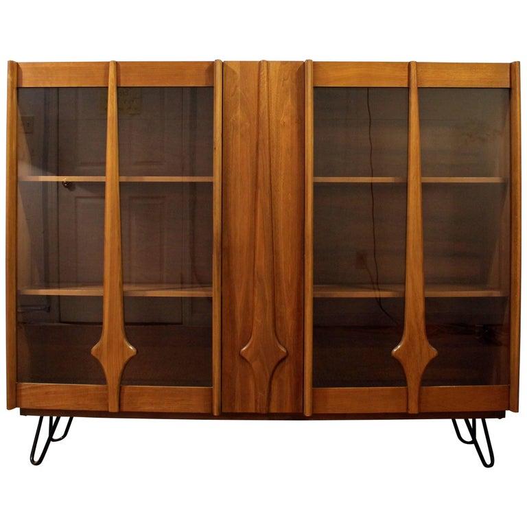 Mid-Century Modern Walnut Bookcase or Display Cabinet on Hairpin Legs