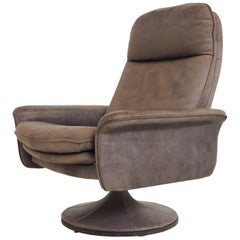 De Sede DS50 Leather Swivel Lounge Armchair