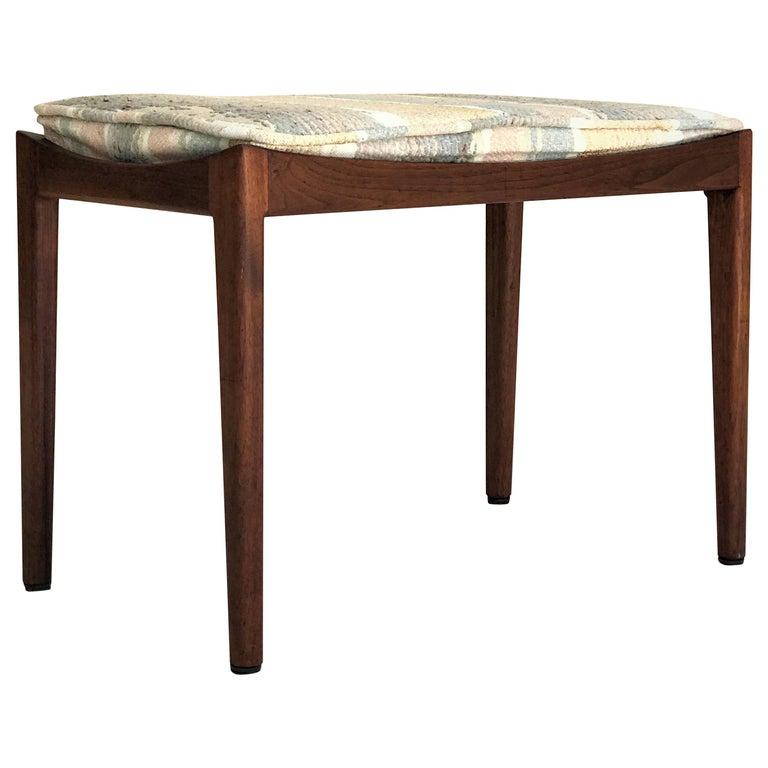 Rare Petite Jens Risom Designer Modernist Occasional Bench in Walnut