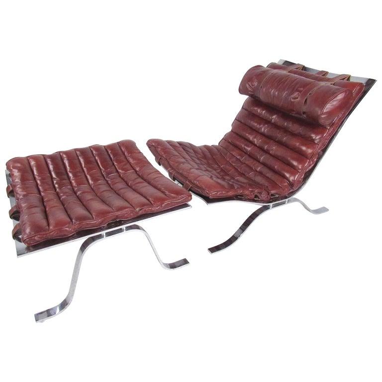 Scandinavian Modern Leather Lounge Chair with Ottoman