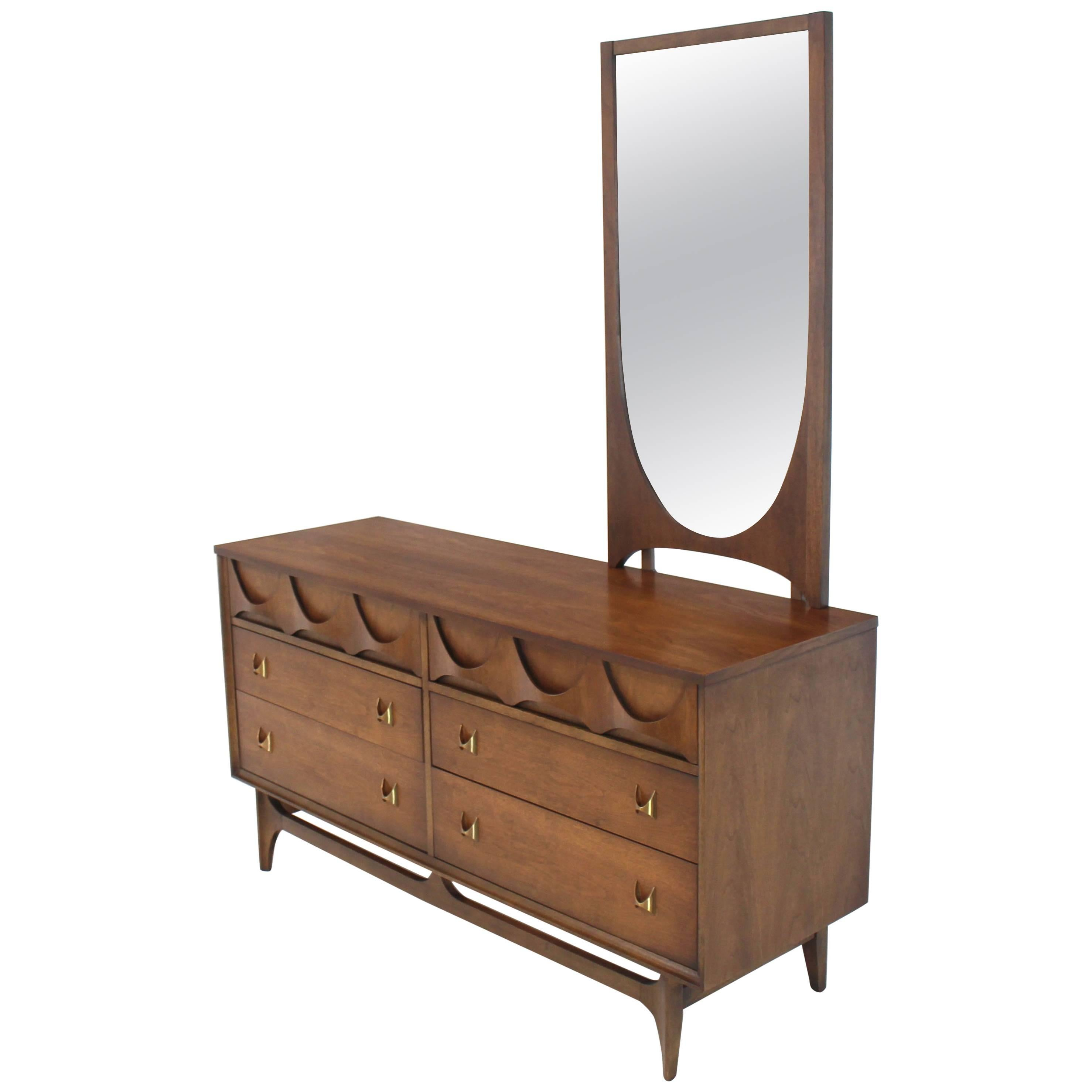 Walnut Sculpted Molded Plywood Drawers Dresser with Mirror