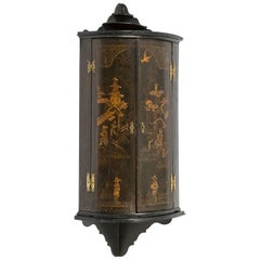 18th Century George III Hanging Corner Cabinet in Black Chinoiserie