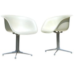 """La Fonda"" Charles Eames by Hermann Miller Design Fiberglass Shell Two Chairs"