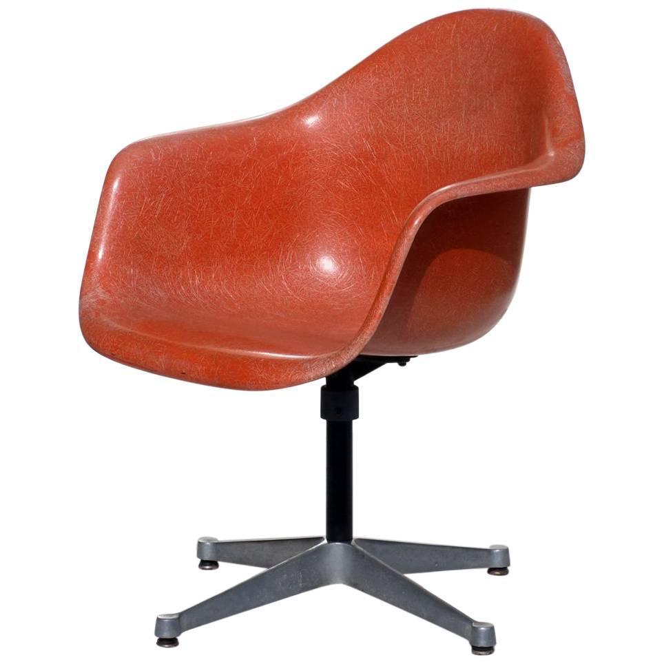 Fiberglass Shell Hermann By Charles Miller Chair For Eames Design eWYE2H9DI
