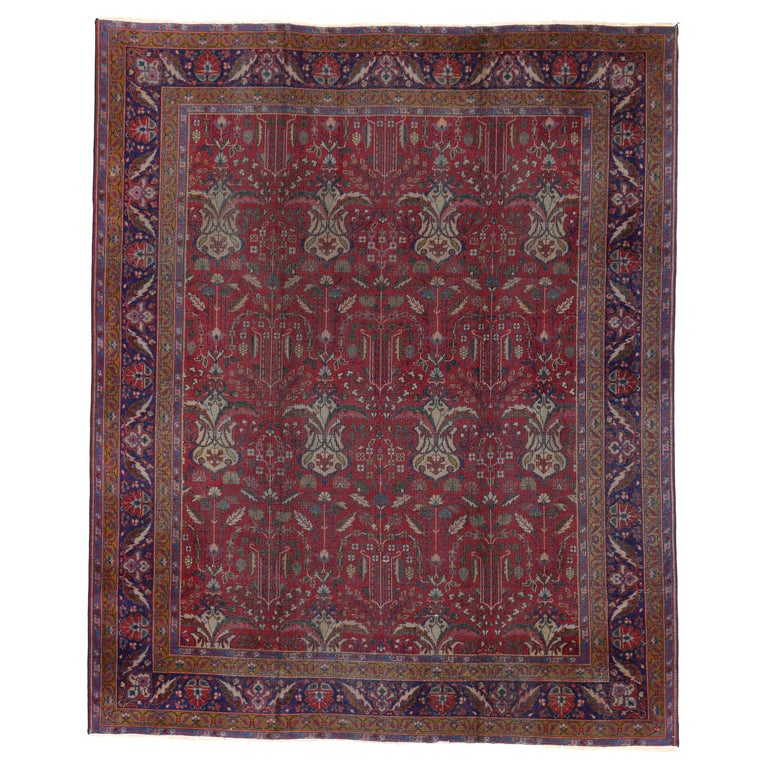 Antique Indian Rug with Traditional Victorian Style and Mughal Design For Sale