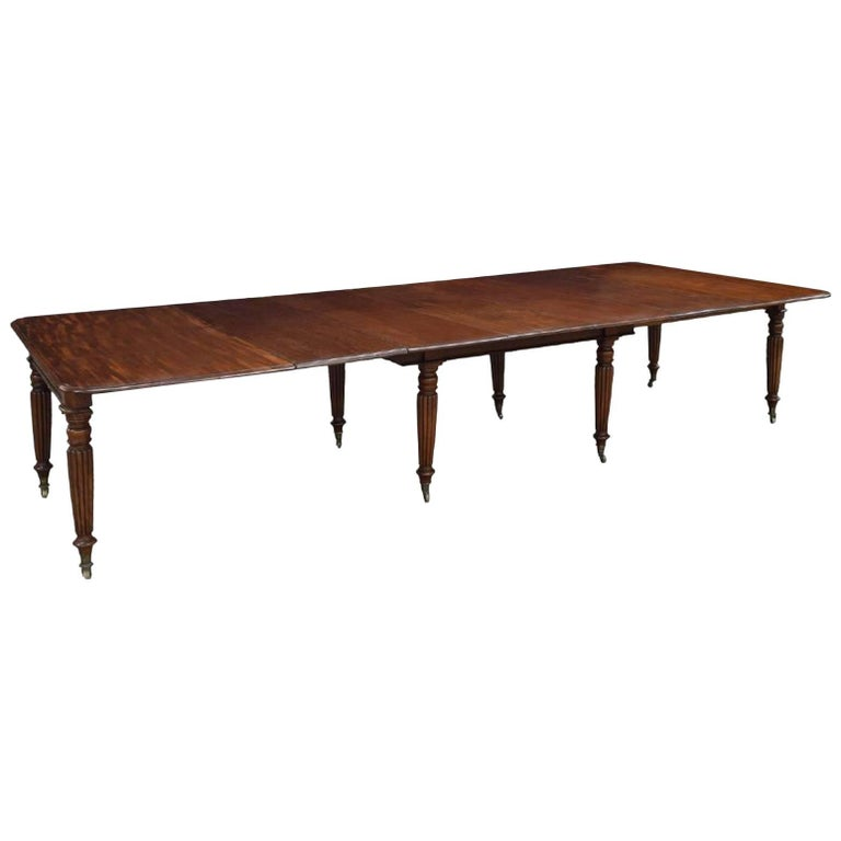 Period Early 19th Century Irish Regency Mahogany Dining Table For Sale