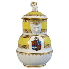 Chamberlain Worcester Yellow-Ground Porcelain Armorial Jug and Cover, circa 1800