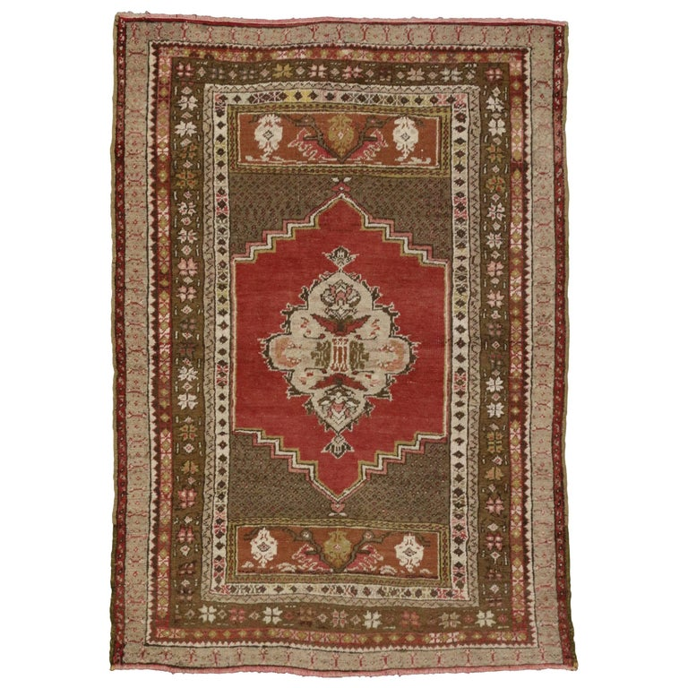 Vintage Turkish Oushak Accent Rug with Traditional Style