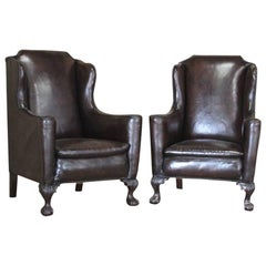 Good Pair of circa 1910 English Wingback Leather Armchairs