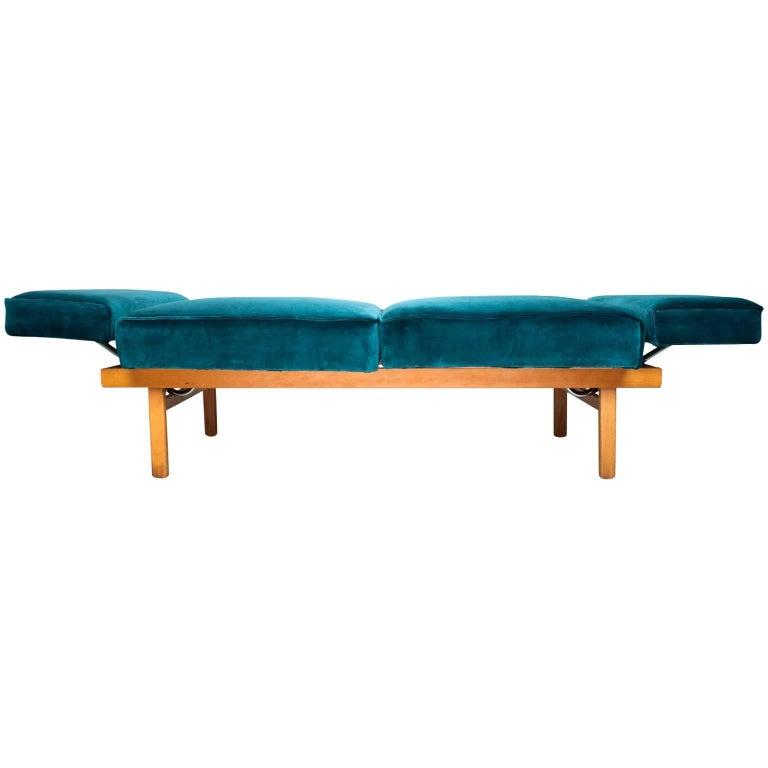 Mid-Century Modern Daybed / Sofa 1950s Wilhelm Knoll Model 'Stella' in Velvet